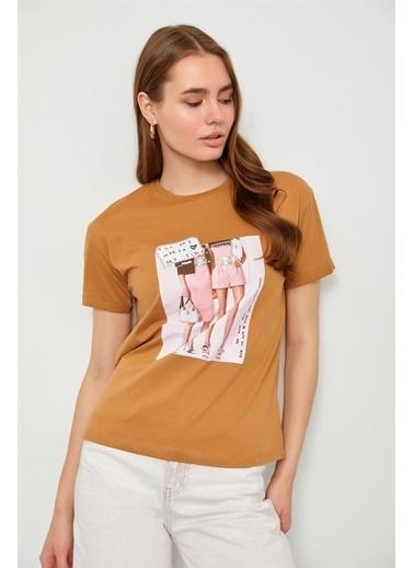 Setre Siyah Baskılı Pamuk T-Shirt Kahve